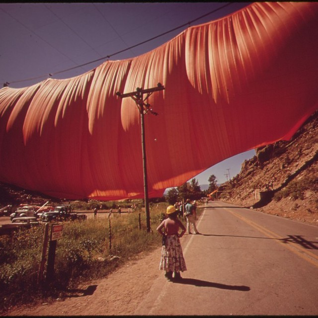 A SIX-TON CURTAIN BILLOWS ACROSS RIFLE GAP - CONCEIVED BY ARTIST CHRISTO JAVACHEFF, EXECUTED AT A COST OF $700,000