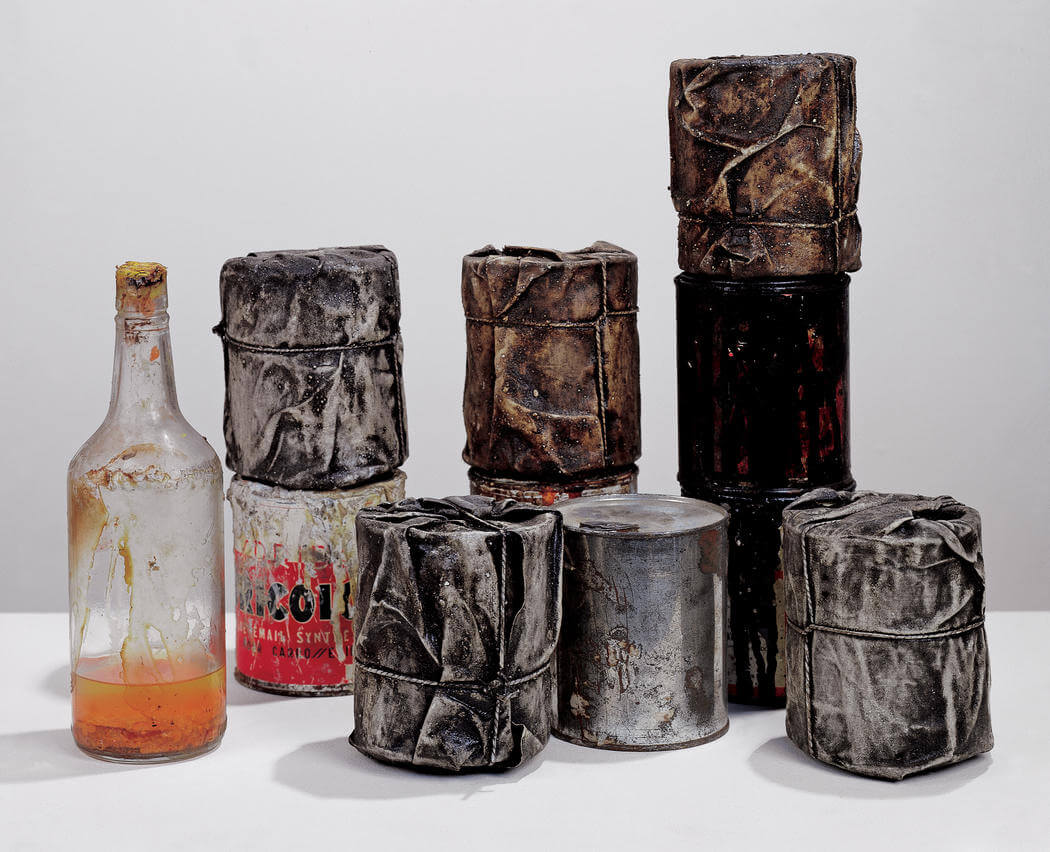 christo_wrapped_cans